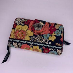 Vera Bradley Clutch Turnlock Wallet Pocketbook